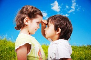 COMPARAISON enfants-comparaison-taille-jasmin-merdan-fotolia.com_-300x200